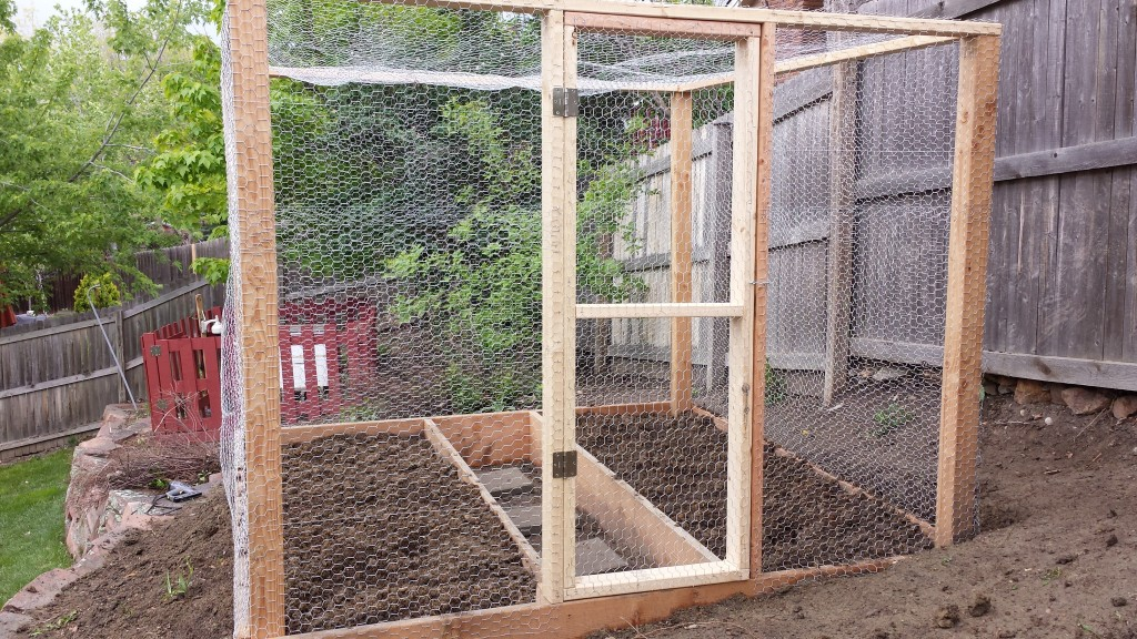 Finished garden box with chicken wire